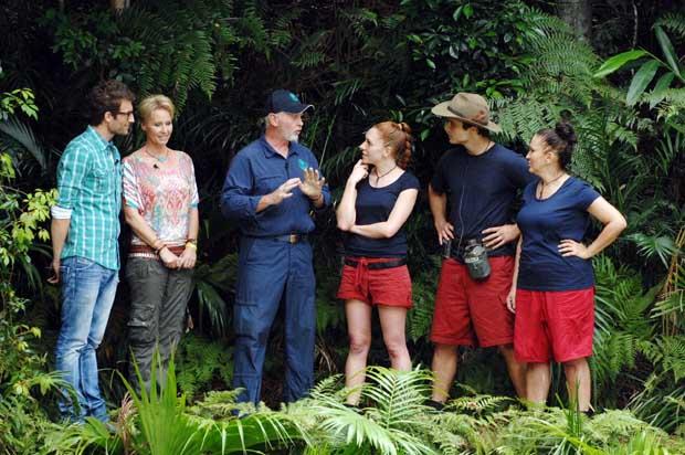 Dschungelteam vor der Dschungelprüfung