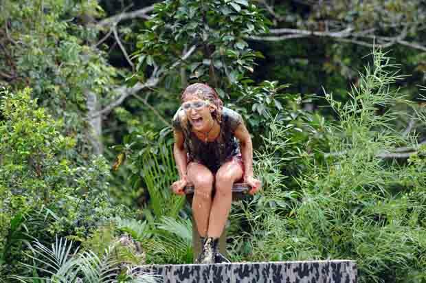 Fiona kreischt zum Schleimbad