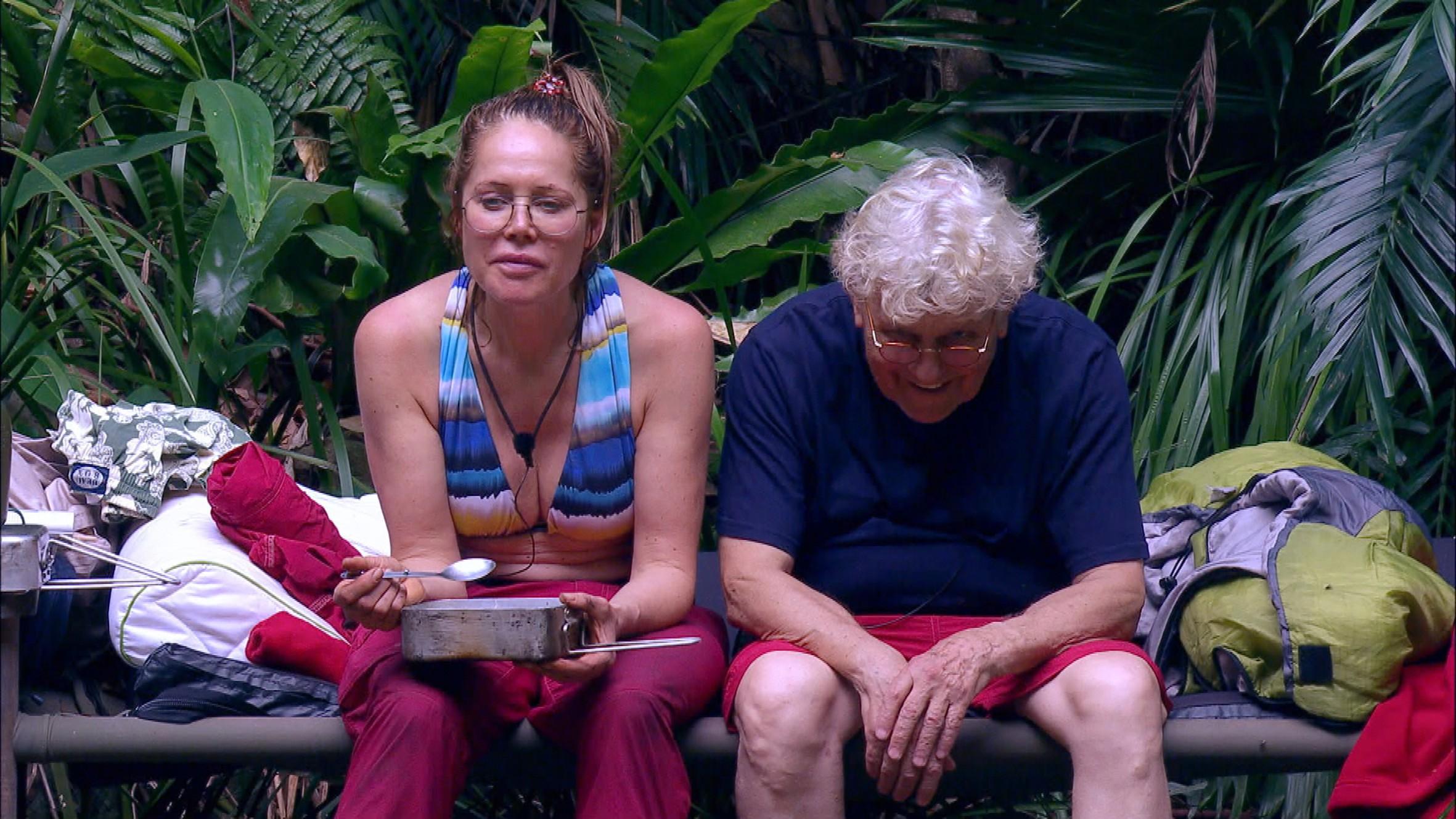 Tommi schleimt sich bei Doreen ohne Erfolg ein