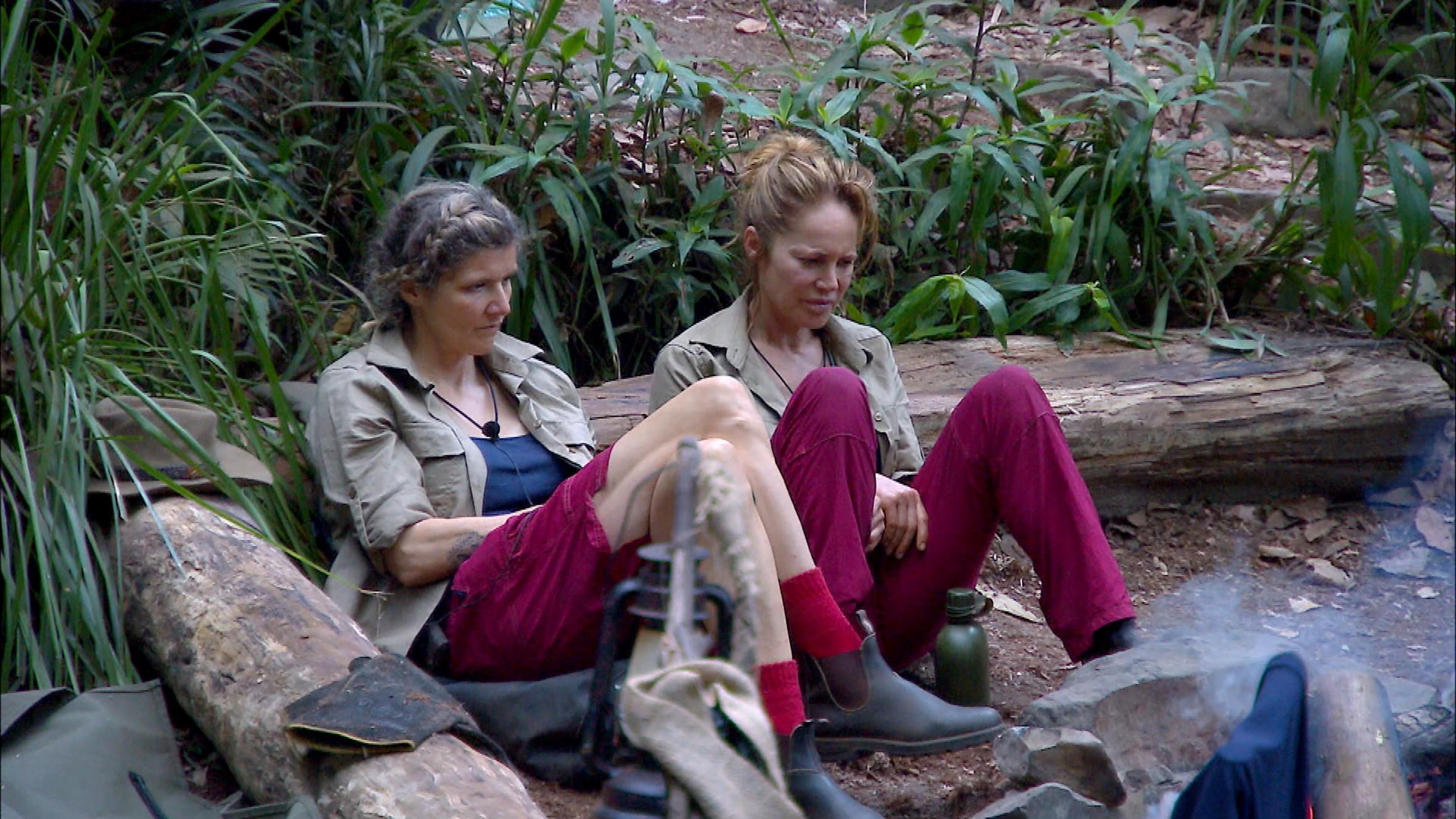 Lästerschwestern im Dschungelcamp