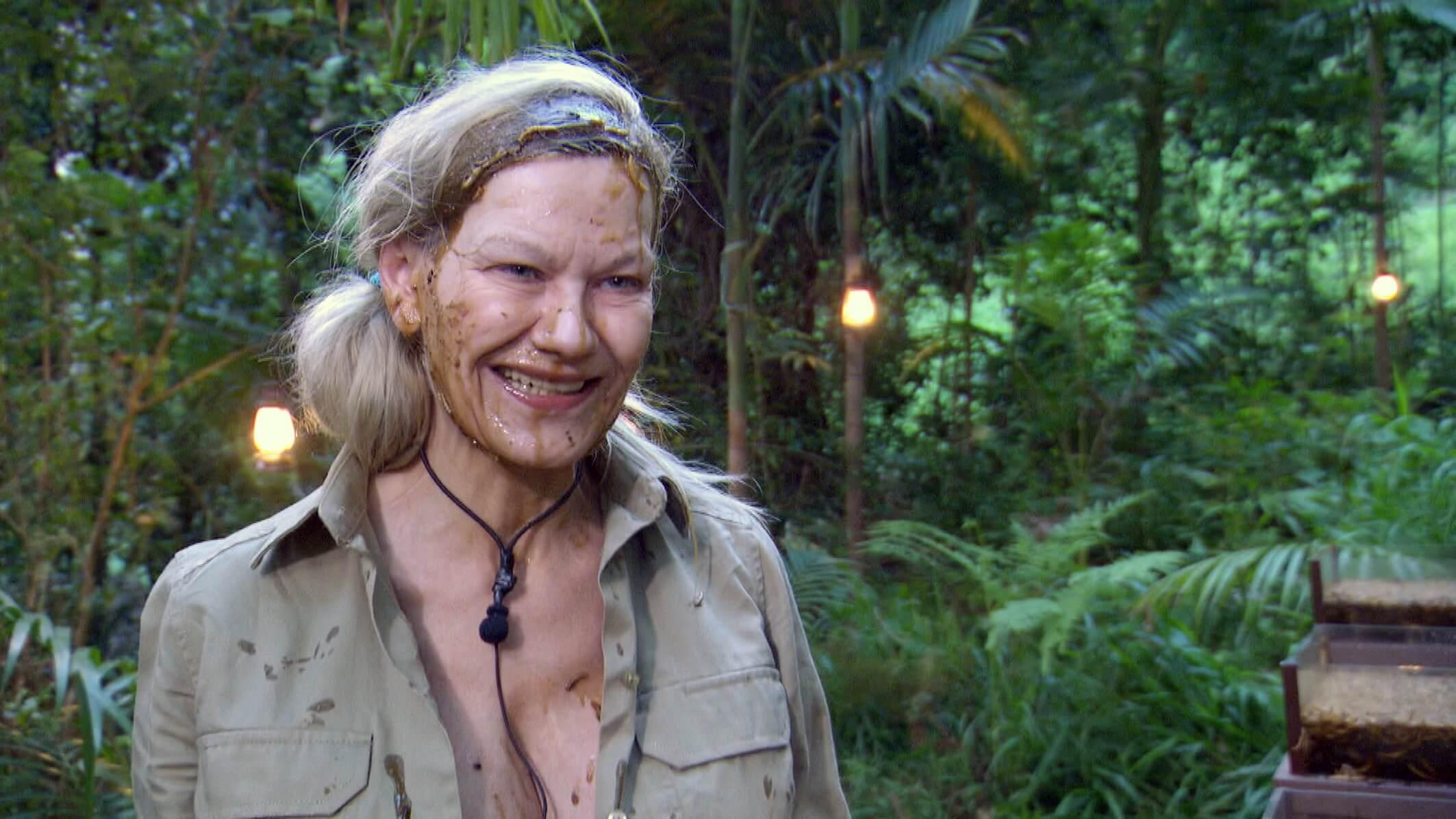 Der Auftakt Dschungelcamp 1 Tag Das Liebescamp Der