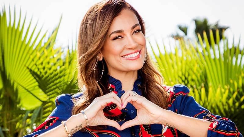 Jana Ina Zarella moderiert Love Island – heiße Flirts und wahre Liebe