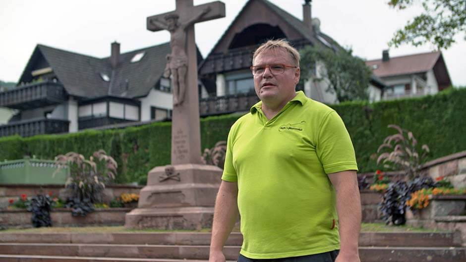 Der heilige Schein – Tatort Kirche
